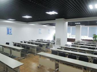 湛江霞山仁邦职业培训学校(霞山总校区)