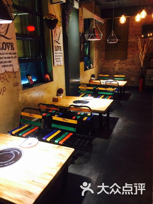 丽芝餐吧石小二木桶鱼(台东店)-环境图片-青岛美食