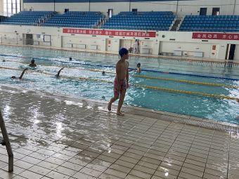 南昌国际游泳俱乐部