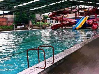 老谢庄游泳场