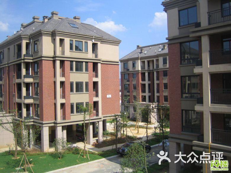 砀山县民族学校户型公寓-第1张跃层立体图别墅图片图片