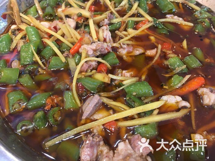 兔行天下-鸿鹤鲜锅兔(小)图片-郫县美食-大众点评网