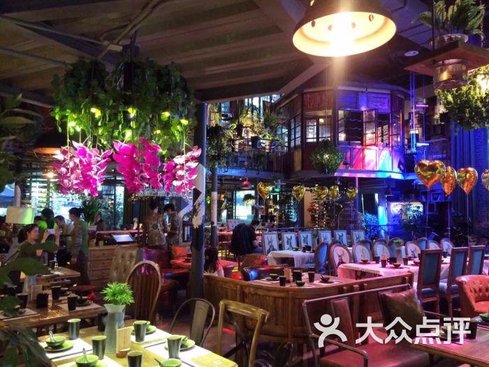 胡桃里音乐餐厅(新会展店)图片 - 第2张