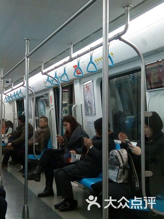 地铁青岛站图片 - 第2张