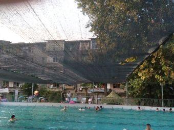 阆中市青少年学生校外活动中心游泳池