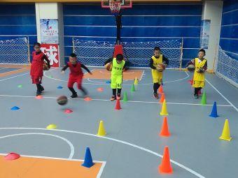 飞翔篮球俱乐部(兴隆店)