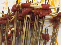 串天下·串串香(春熙路店)的折耳根牛肉