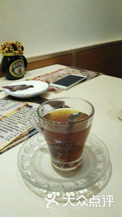 红枣桂圆茶热饮