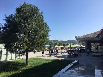 陕西燃气黄陵服务区LNG加气站
