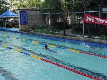 颂香府邸游泳池