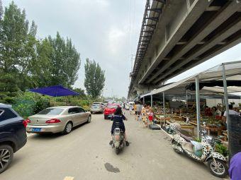 成都三圣万福花卉产业园·停车场