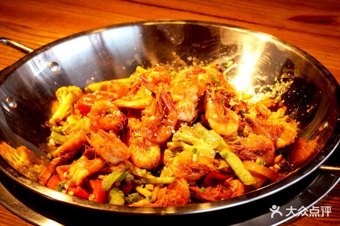 辣霸鲜货火锅(金三峡长山店)特色烧鸡公一米肥牛爽脆精品毛肚图片