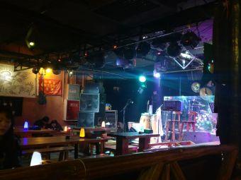 青唐酒吧LIVE HOUSE