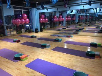 舞韵舞蹈瑜伽生活馆