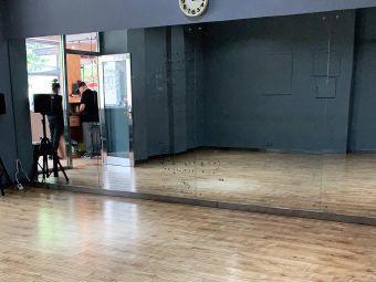 嘻哈街头街舞工作室