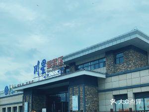 淮阴川星服务区停车场