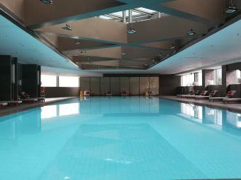 苏宁凯悦酒店游泳健身馆