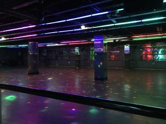 新时代溜冰场