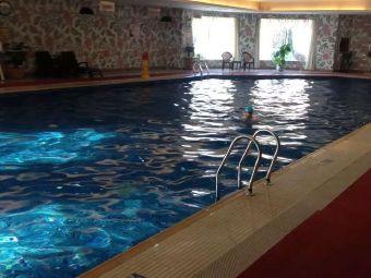 世纪大饭店游泳馆