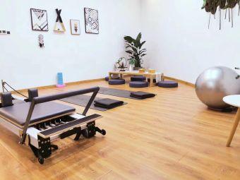 美美瑜伽会馆