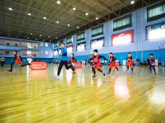 初道体育篮球俱乐部
