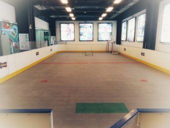 贵巨滑者轮滑冰球培训中心