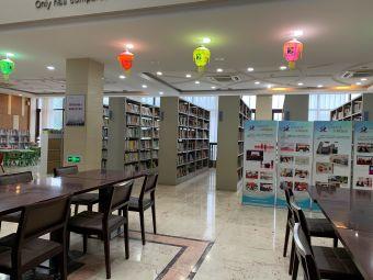 常熟市图书馆(滨江分馆)