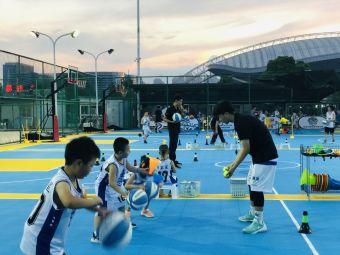 五虎体育篮球俱乐部