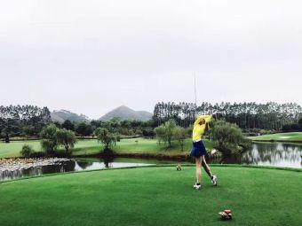 乐满地高尔夫俱乐部