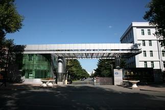 长春工程学院湖东区停车场
