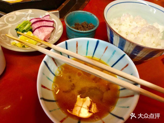 朋友安利的米其林一星套餐13000日元每人进