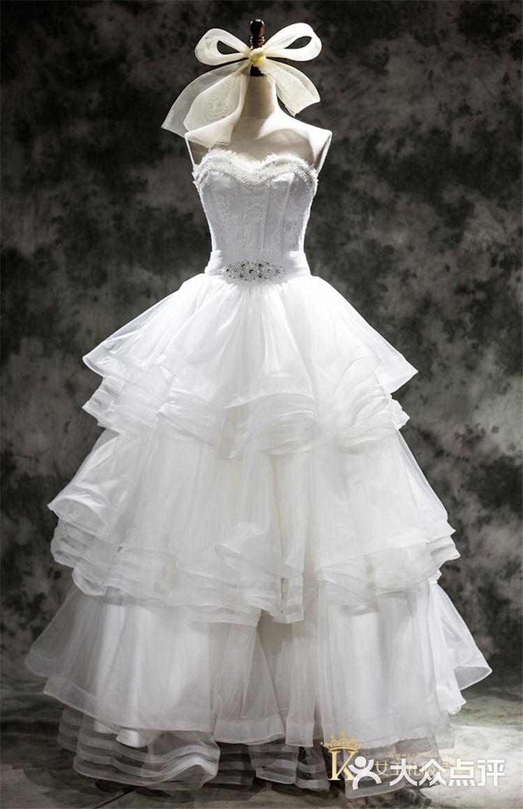 当然这么大一家礼服造型设计的婚纱店