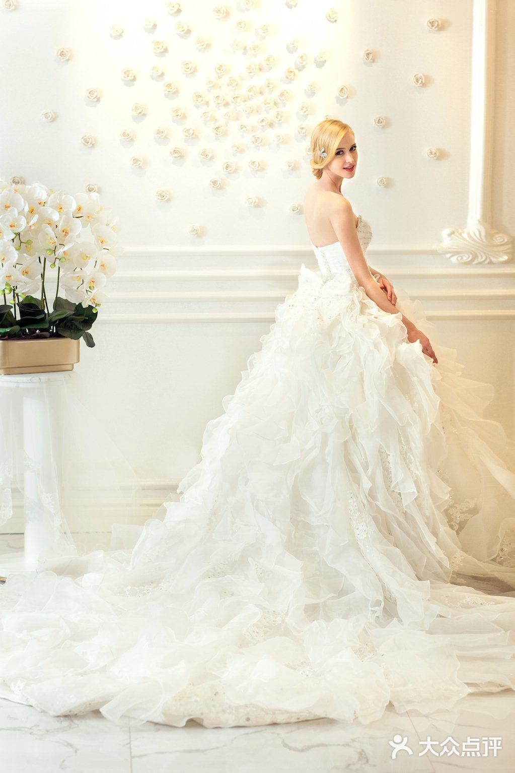 薇婷新娘白纱-薇婷新娘婚纱婚礼策划旅拍会馆-上海