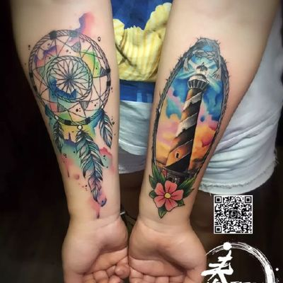小手臂彩色纹身款式图