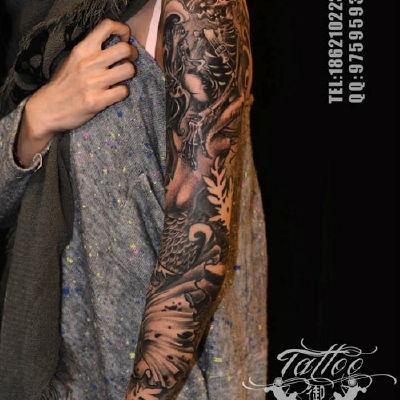 黑灰花臂纹身款式图
