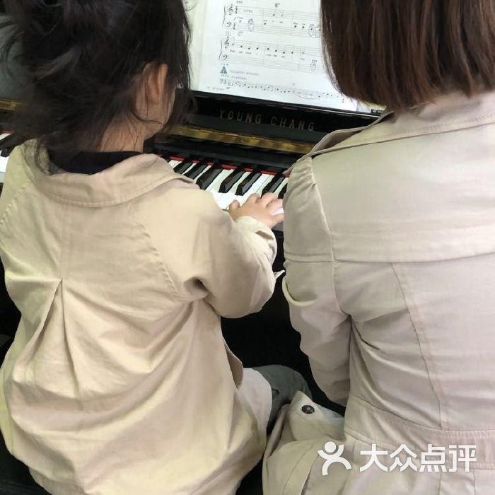 里吧吧成人网_埃瑞斯国际成人钢琴吧图片-北京钢琴-大众点评网
