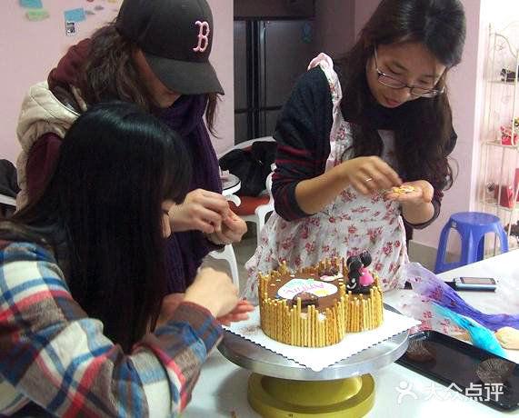 莱威丝 DIY 蛋糕&巧克力店 天津 第4张