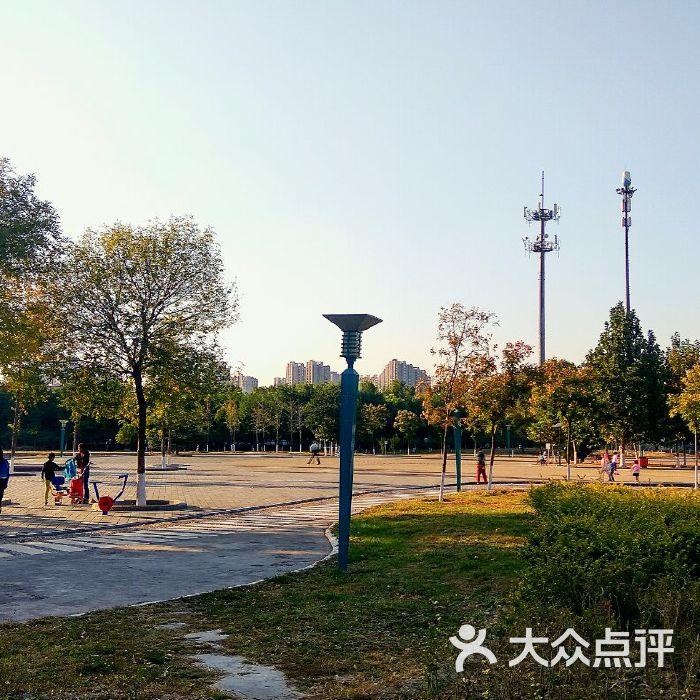 北京太陽宮公園電話_固安金海太陽公園電話_北京太陽公元物業電話