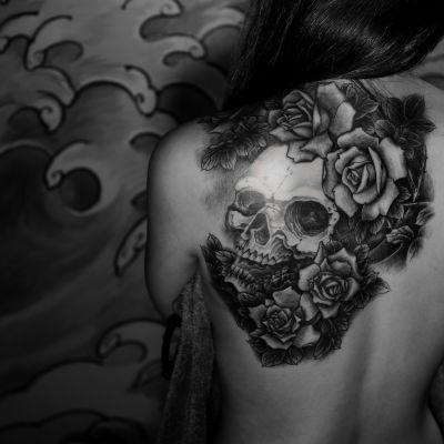 骷髅蔷薇——老曹纹身图