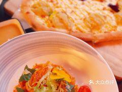 5:59 Restaurant&Bar 落日餐吧(万象城店)的番茄罗勒意面