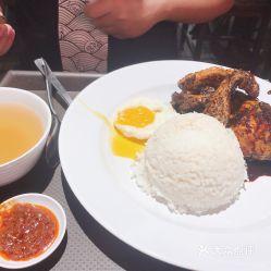印尼烤鸡腿饭