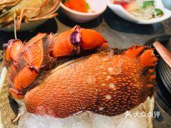 上隐水产海鲜自助餐·甄选(徐汇汇金店)的红毛蟹