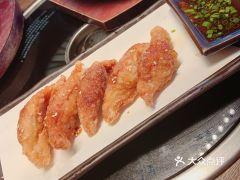 YK烧肉居酒屋(美罗城店)的鸡皮饺子