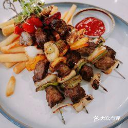 炭烤黑椒风味牛肉串