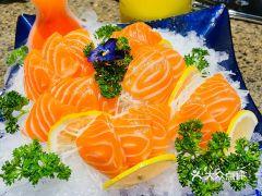 正黄旗海鲜烧烤大排档(延安路店)的三文鱼刺身