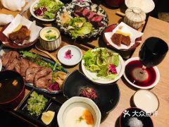 肉割烹バル牛牛(祇園本店)的近江牛套餐