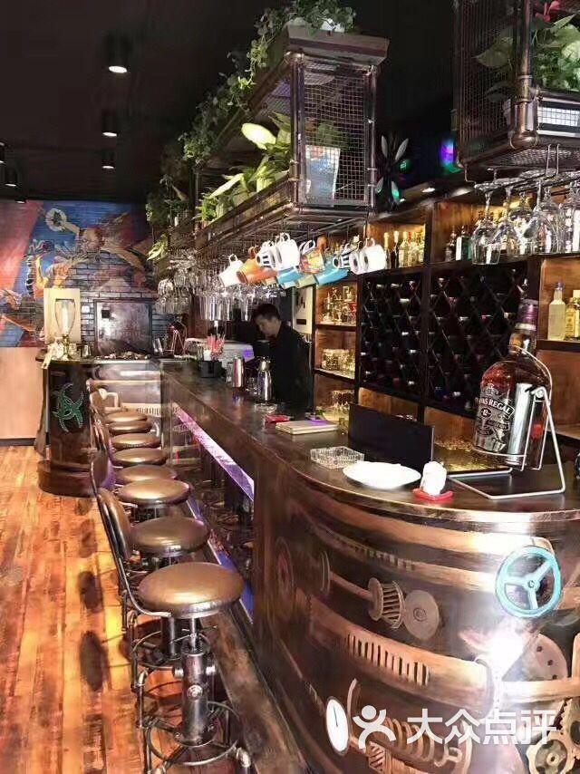 盈bar音樂燒烤酒吧吧臺圖片 - 第2張
