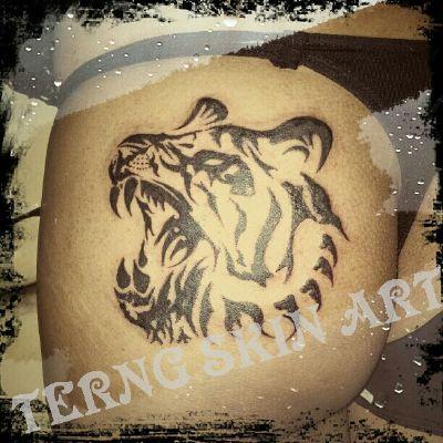 虎图腾纹身图