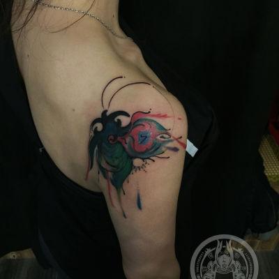 抽象蝴蝶 图腾遮盖纹身款式图