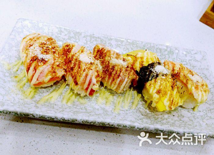 大跹b,9櫹b_石酒画(聚丰园路店)-火炙寿司拼盘图片-上海美食-大众